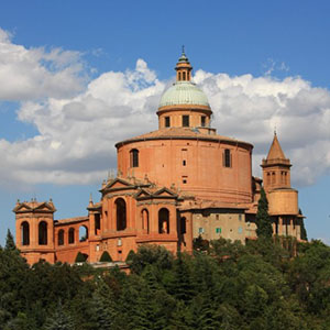Basilica Madonna di San Luca, Bologna.Park View Bed and breakfast